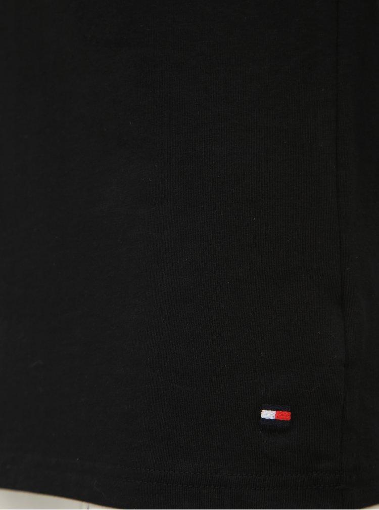 Sada tří pánských černých trik s véčkovým výstřihem Tommy Hilfiger