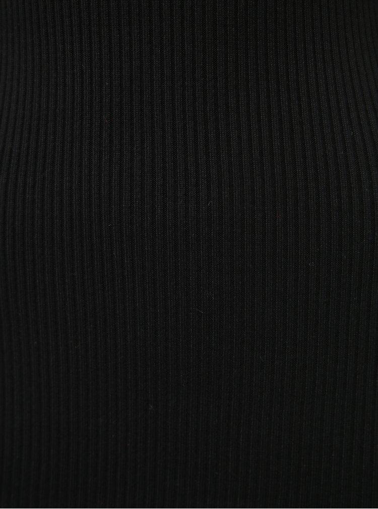 Černé svetrové šaty s rolákem Miss Selfridge