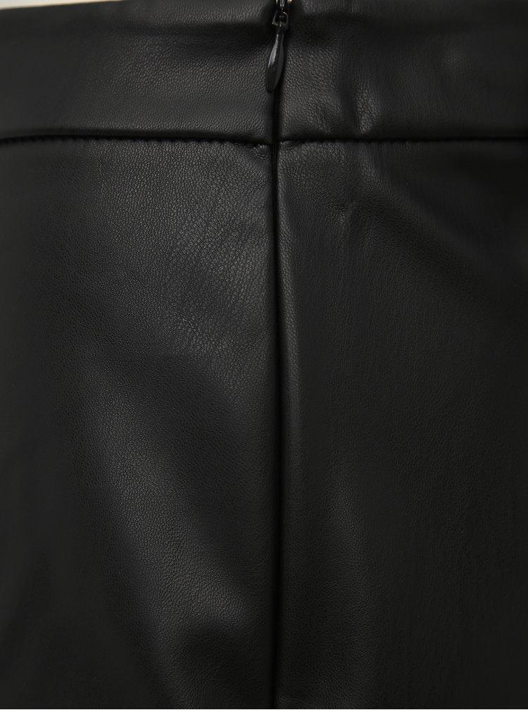 Čierna koženková sukňa Jacqueline de Yong Opel