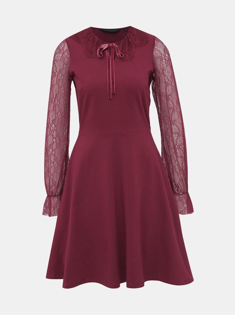 Vínové šaty s krajkou Dorothy Perkins