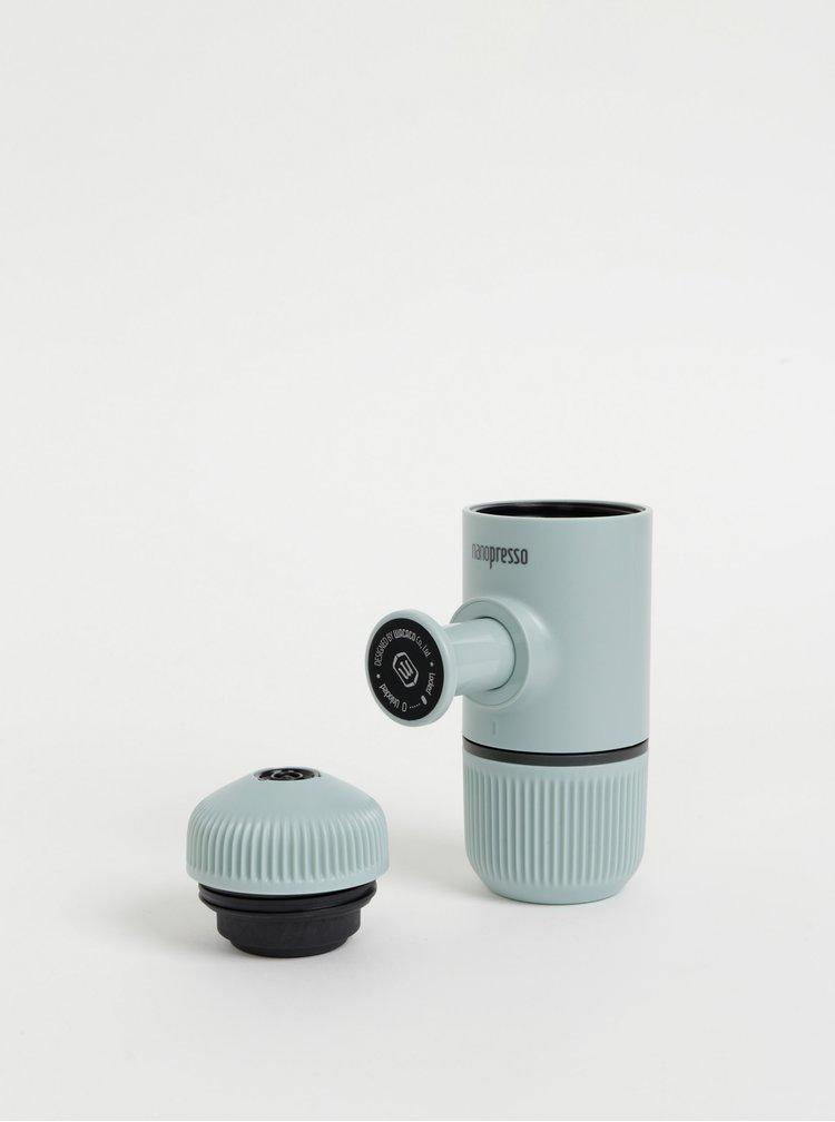 Světle modrý přenosný kávovar s pouzdrem Wacaco Nanopresso 80 ml