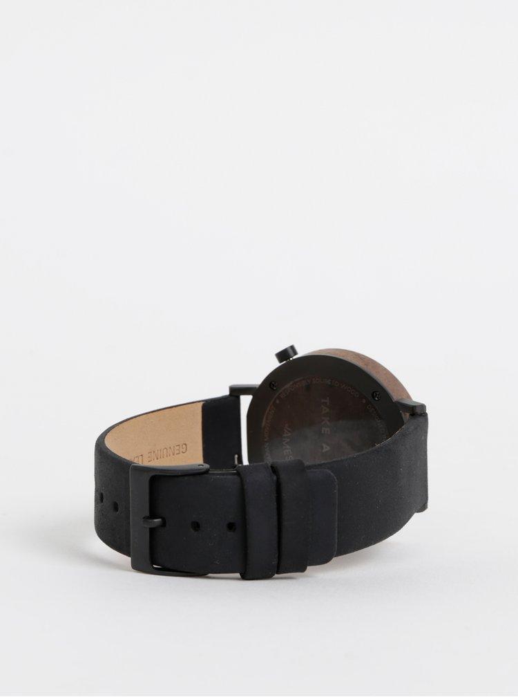 Hodinky s čiernym koženým remienkom BeWooden