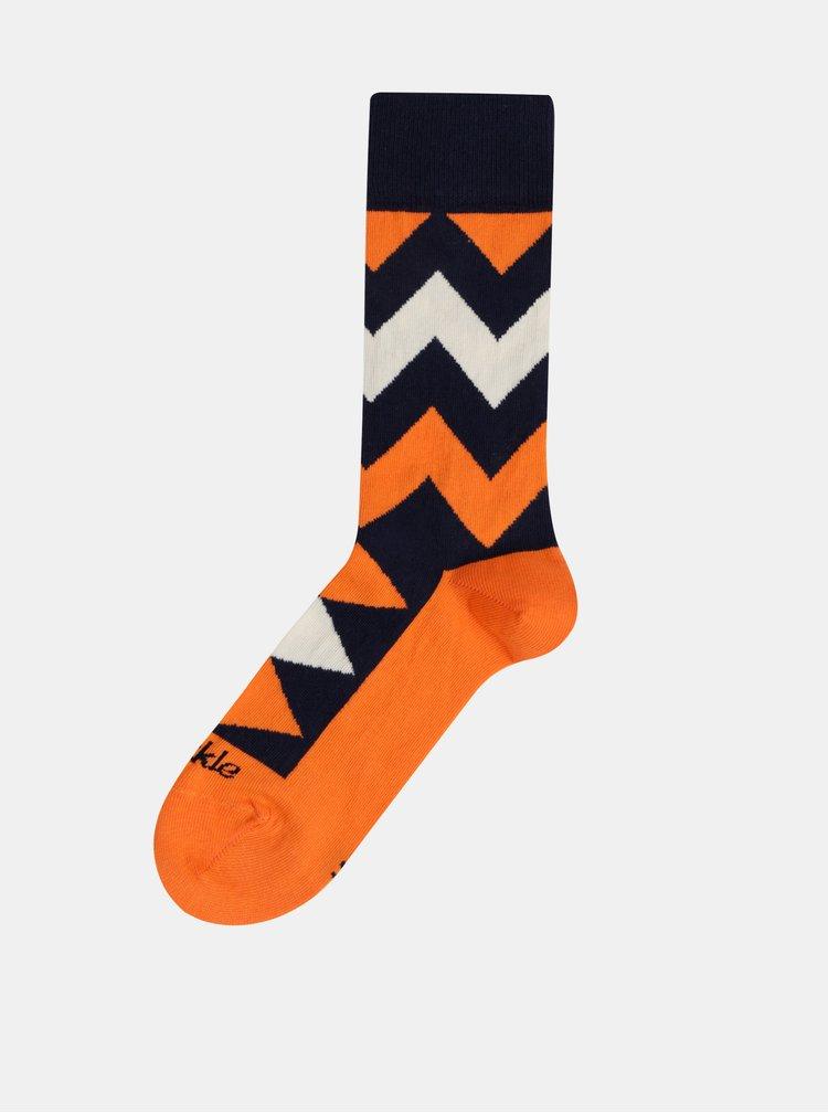 Oranžové vzorované ponožky Fusakle Cikcak