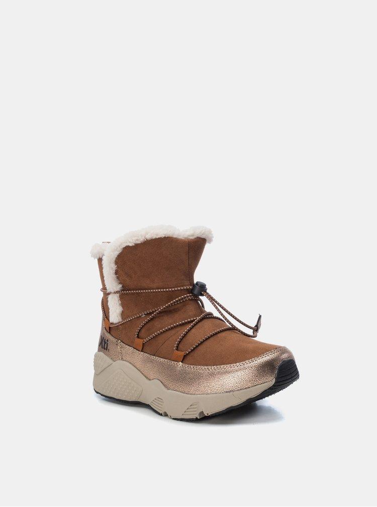 Hnědé dámské zimní kotníkové boty v semišové úpravě Xti