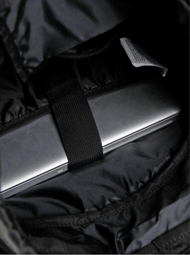 Černý batoh Quiksilver Stanley 16 l