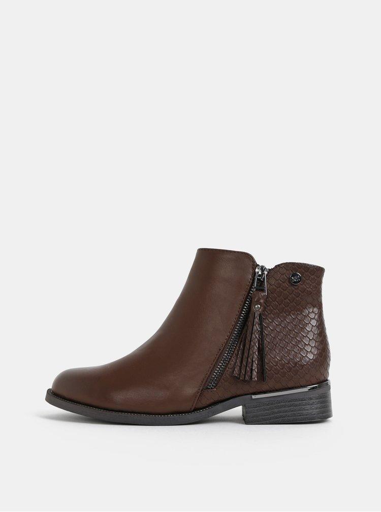 Hnědé dámské kotníkové boty s hadím vzorem Xti