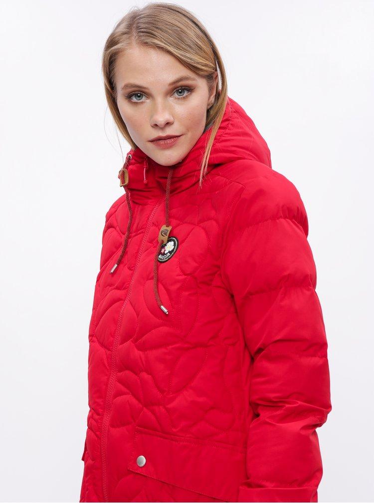 Červený dámský prošívaný funkční zimní kabát Maloja Praüras