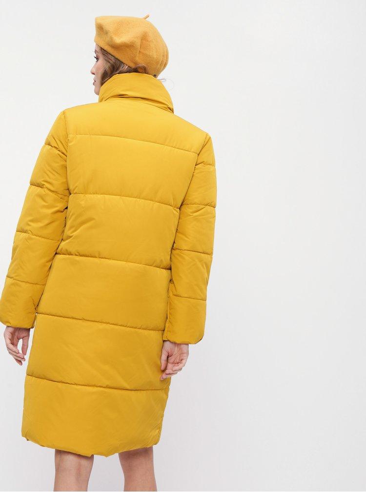 Horčicový zimný prešívaný kabát Jacqueline de Yong Erica