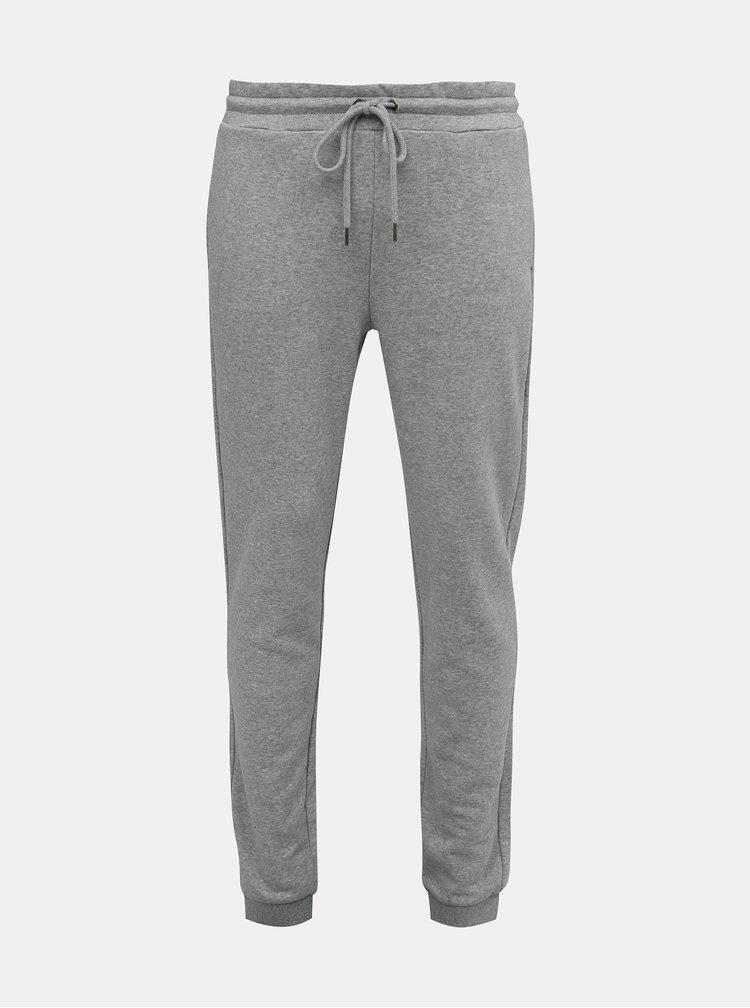 Pantaloni sport si de casa