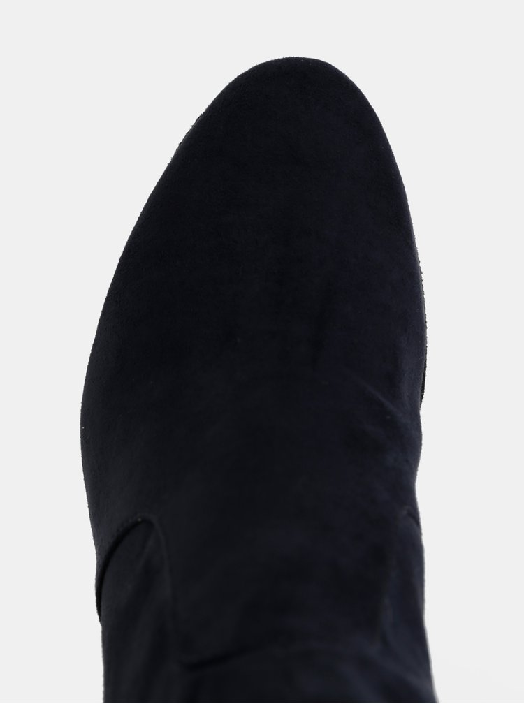 Tmavě modré kotníkové boty v semišové úpravě Tamaris