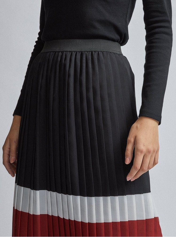 Čierna plisovaná midi sukňa Dorothy Perkins