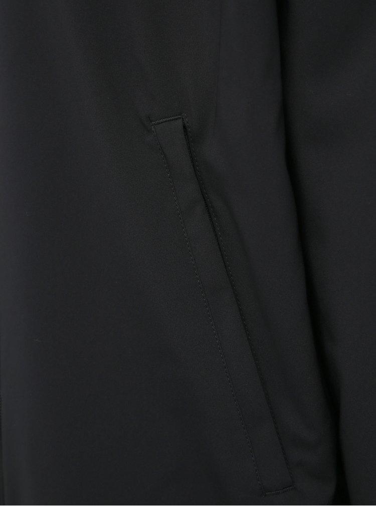 Jachete subtire