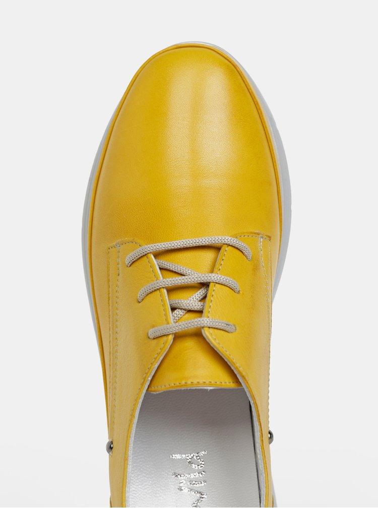 Žlté dámske kožené polobotky WILD