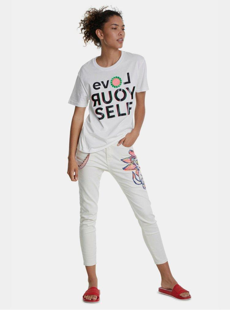 Bílé tričko s potiskem Desigual Love Your Self