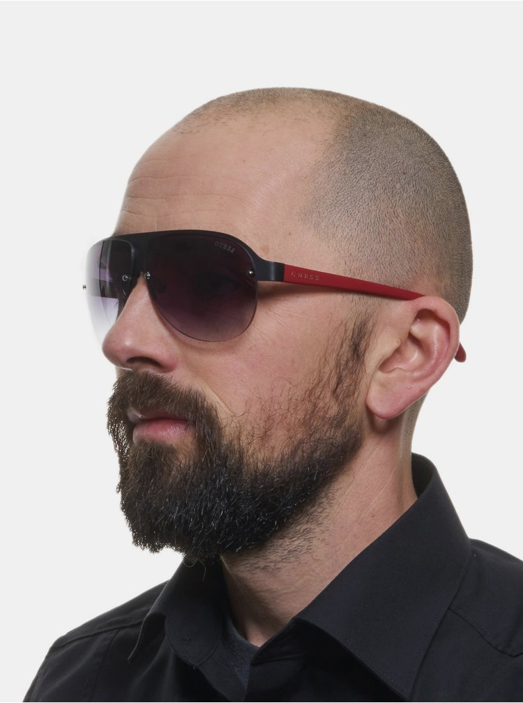 Červeno-černé pánské sluneční brýle Guess