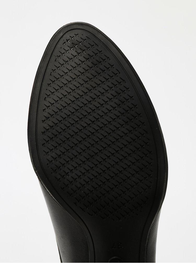 Čierne kožené polobotky Tamaris