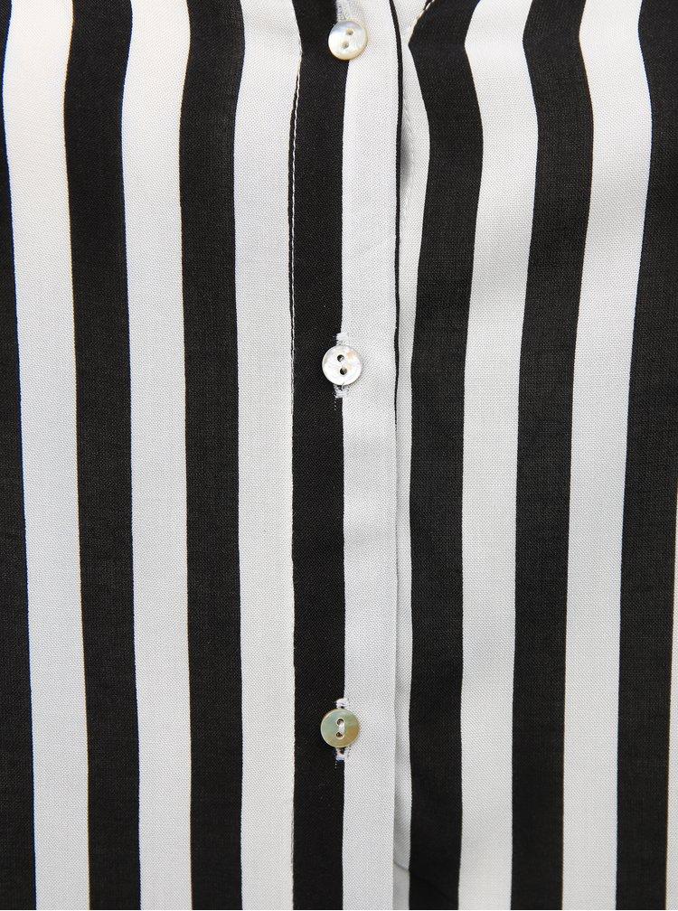 Černo-bílá pruhovaná halenka ONLY CARMAKOMA
