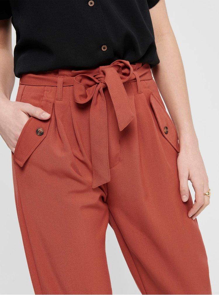 Cihlové kalhoty s kapsami Jacqueline de Yong Selma