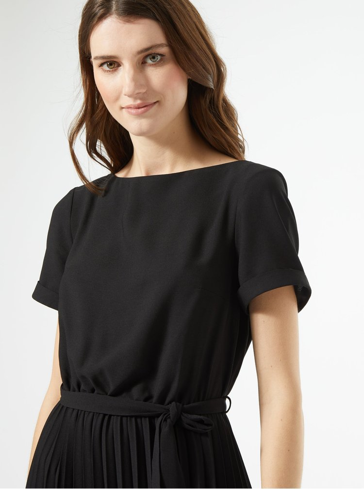 Černé šaty s plisovanou sukní Dorothy Perkins
