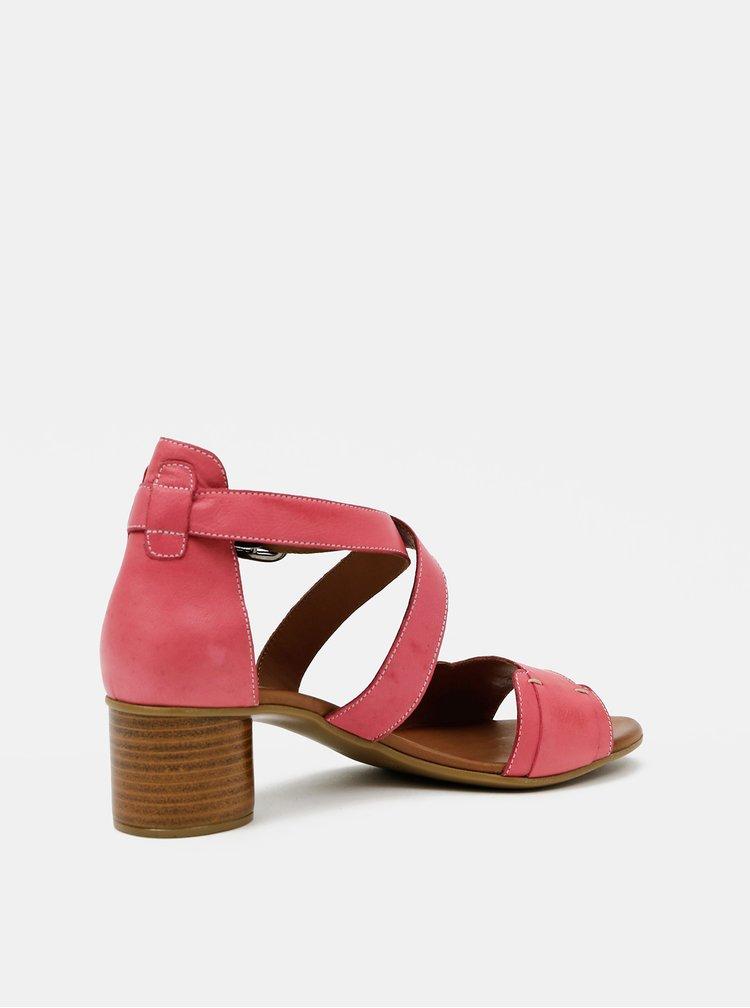 Růžové kožené sandálky WILD