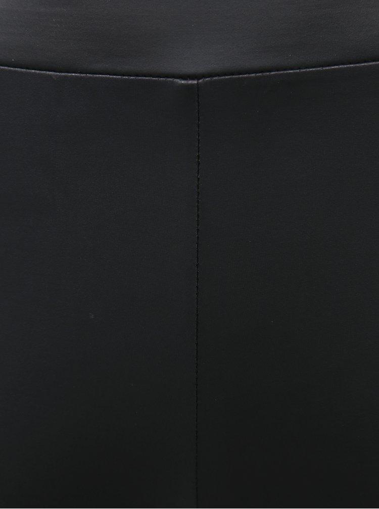 Černé legíny s povrchovou úpravou Marie Claire