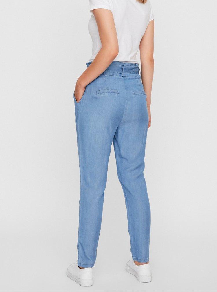 Pantaloni chino pentru femei VERO MODA - albastru deschis