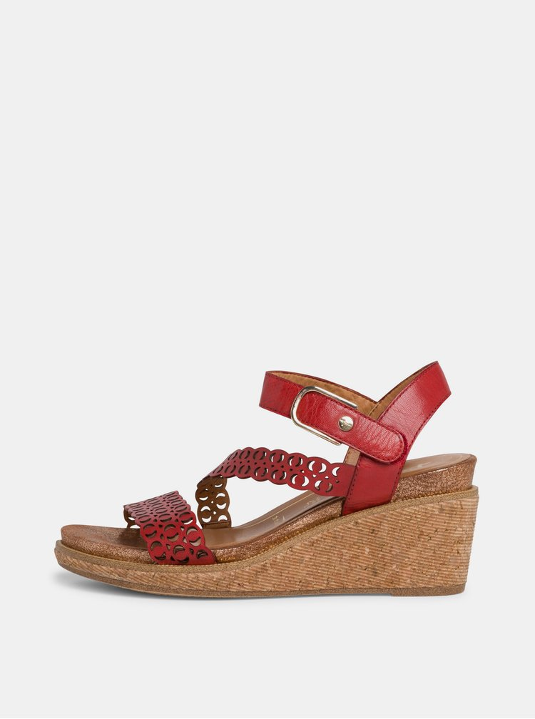 Červené kožené sandálky na klínku Tamaris