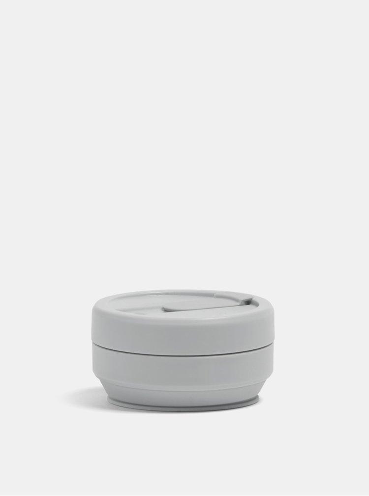 Světle šedý cestovní skládací hrnek Stojo Mini 237 ml