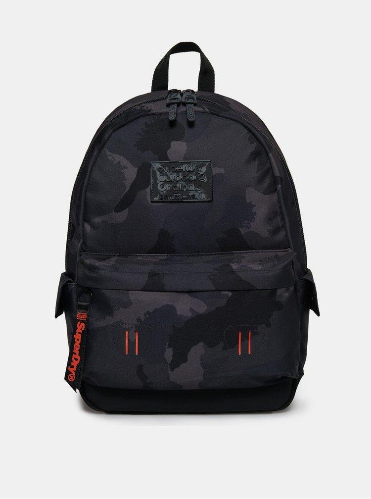 Černý vzorovaný batoh Superdry