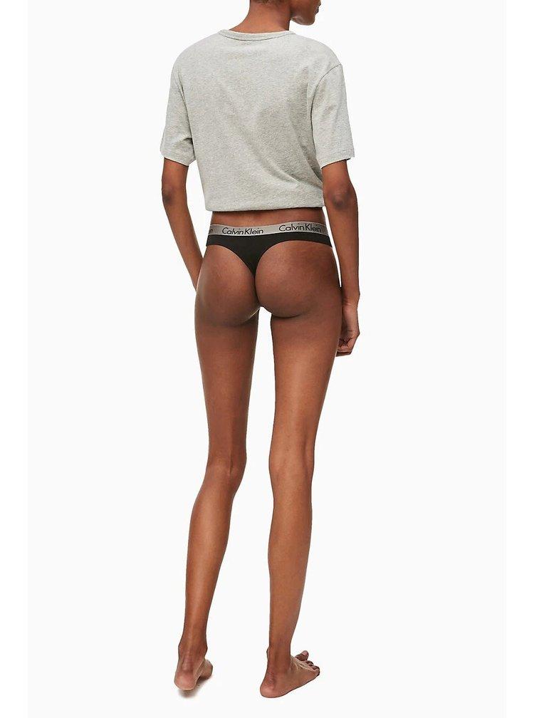 Calvin Klein černá tanga se stříbrnou gumou Thong Strings Basic