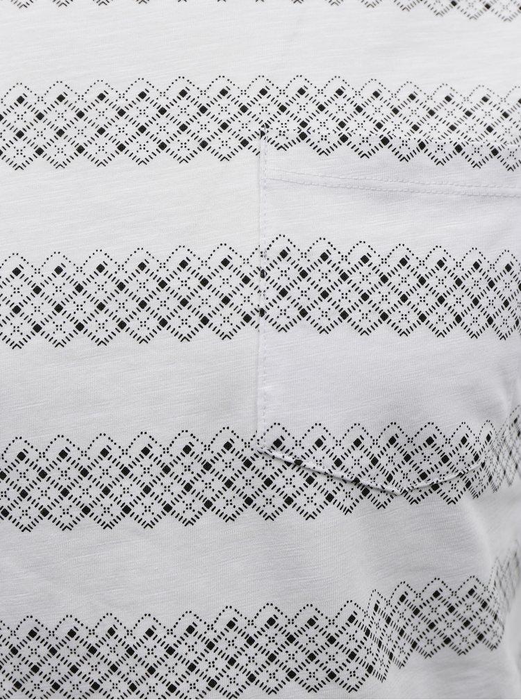 Černo-bílé pruhované tričko Blend