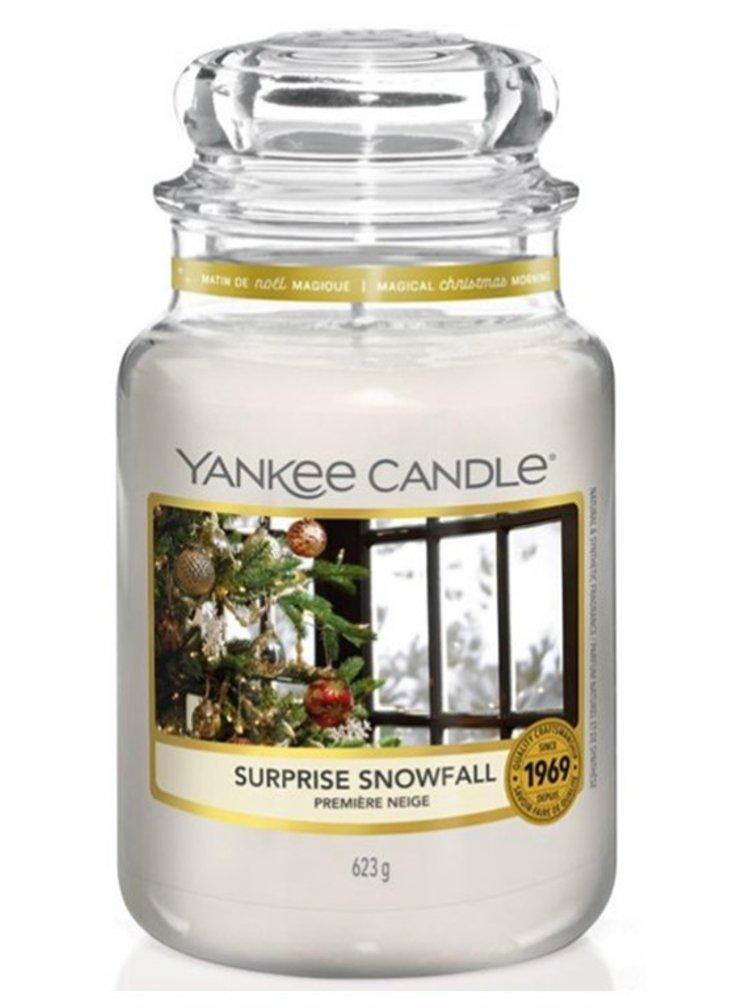 Yankee Candle vonná svíčka Surprise Snowfall Classic velká