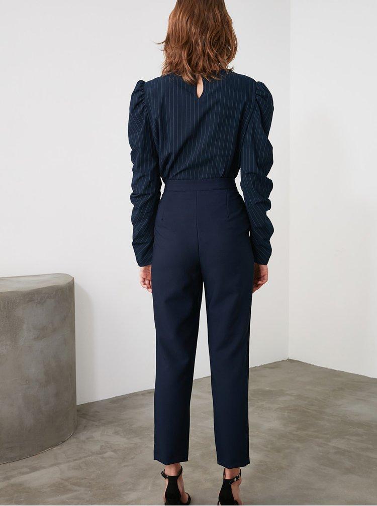 Tmavě modré dámské zkrácené kalhoty Trendyol