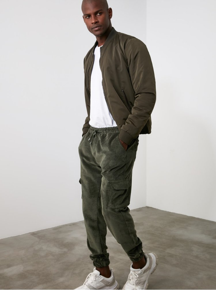 Pantaloni casual pentru barbati Trendyol - kaki