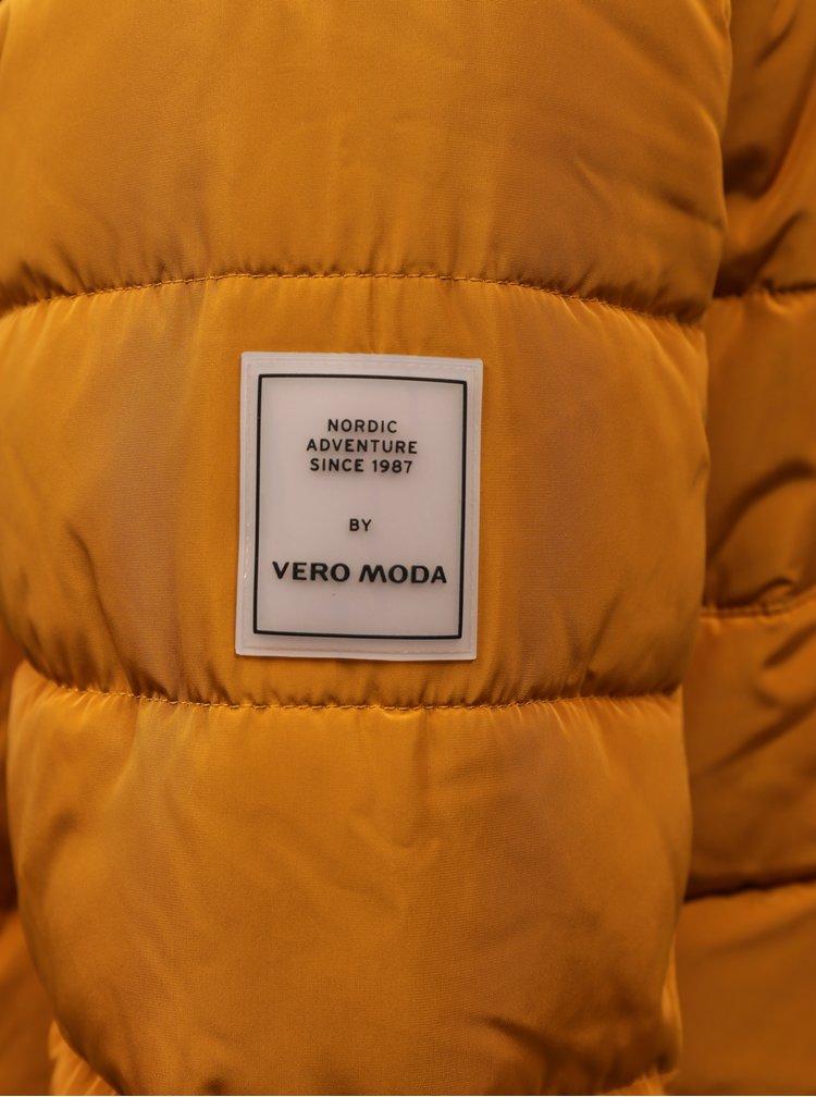 Paltoane  pentru femei VERO MODA - mustar