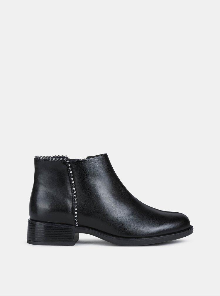 Černé dámské kožené kotníkové boty Geox