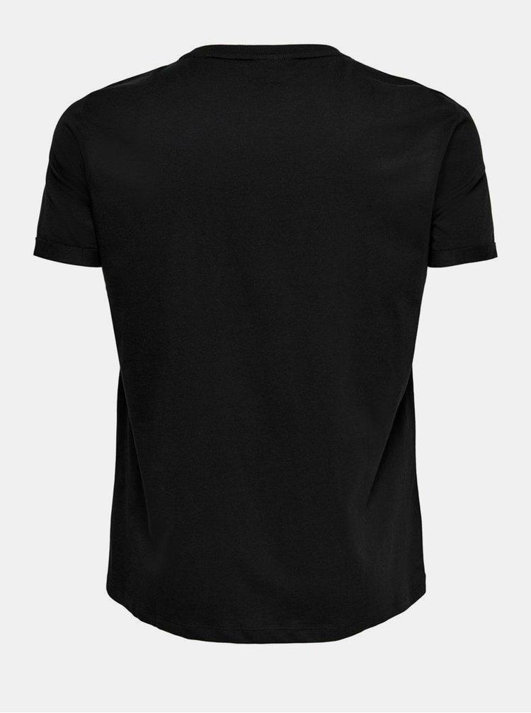 Černé tričko s vánočním motivem ONLY CARMAKOMA