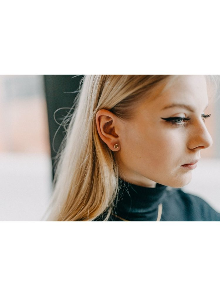 Náušnice s dřevěným detailem Apis Earrings Hexagon BeWooden