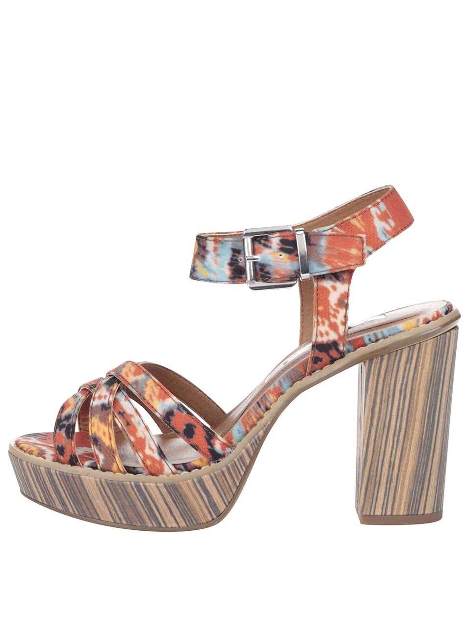 Barevné boty na podpatku a platformě Tamaris