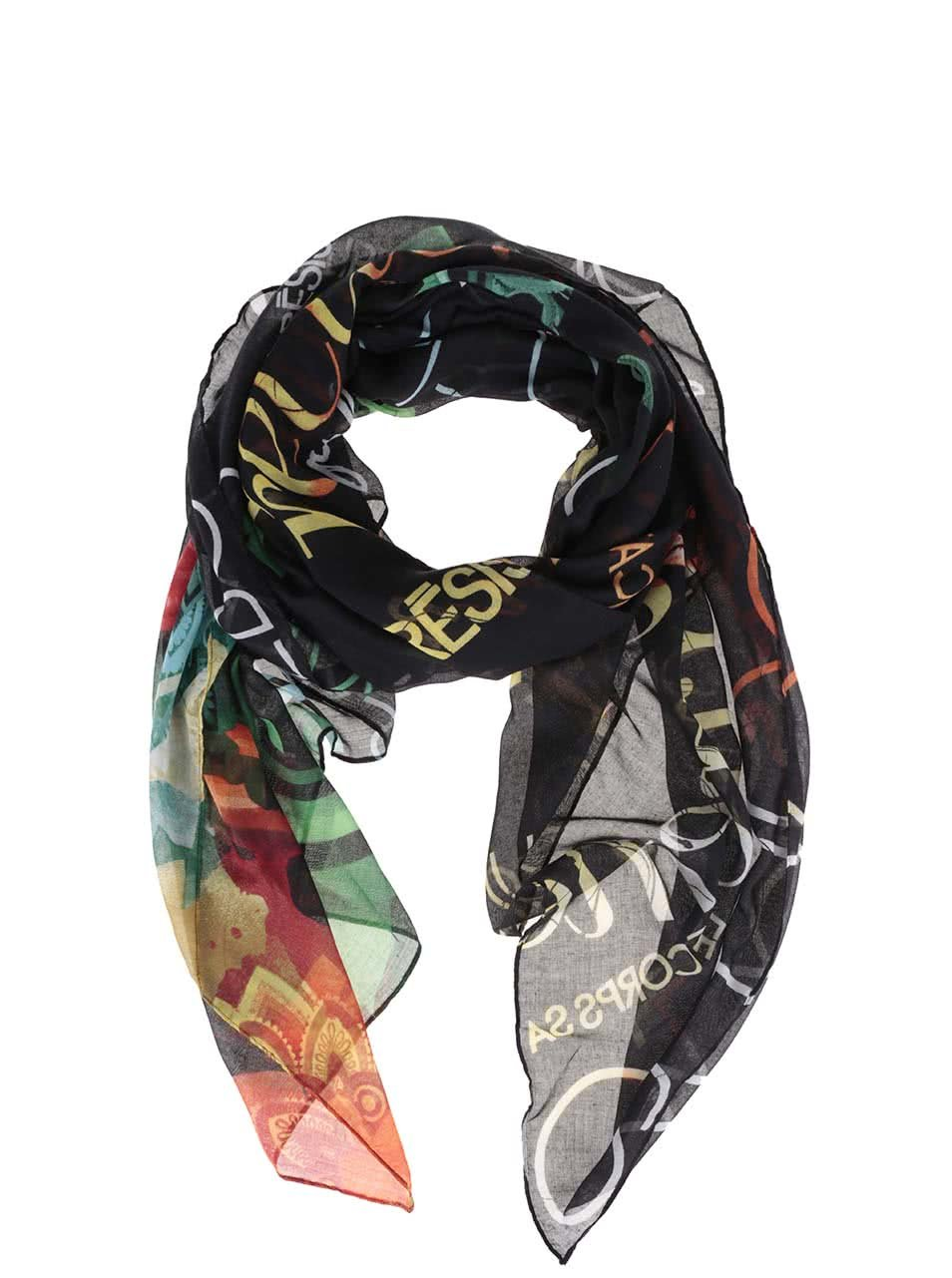 Černý šátek s barevnými nápisy Desigual Heritatge