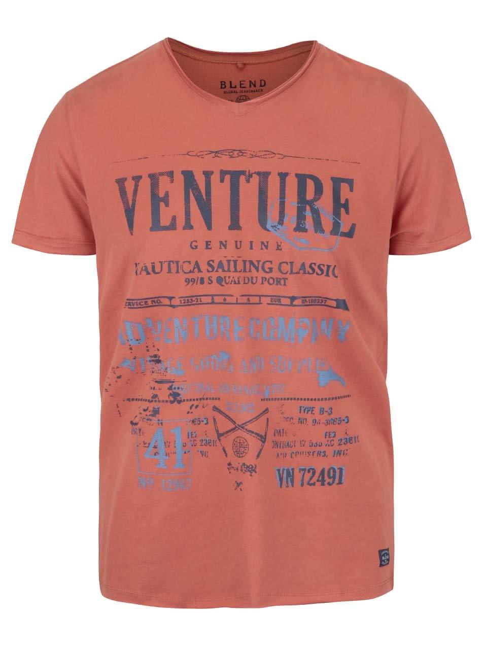 Oranžové triko s véčkovým výstřihem a potiskem Blend