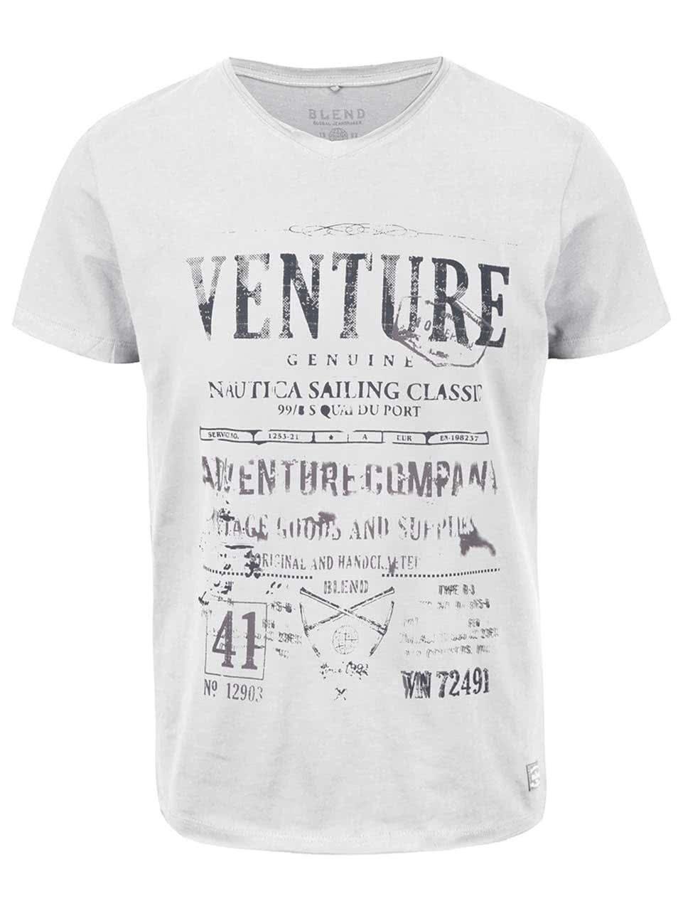 Krémové triko s véčkovým výstřihem a potiskem Blend