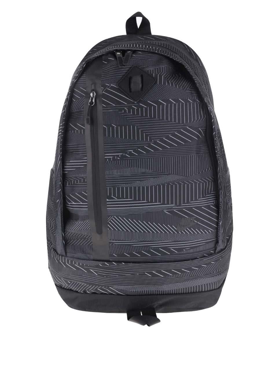 Černý vzorovaný batoh Nike Cheyenne 3.0