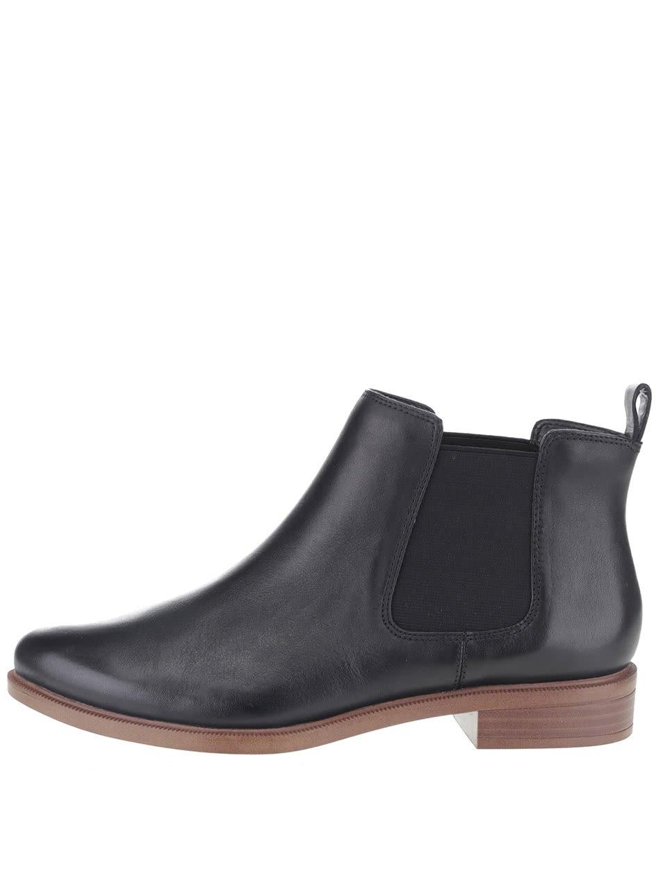 Černé dámské kožené chelsea boty Clarks Taylor