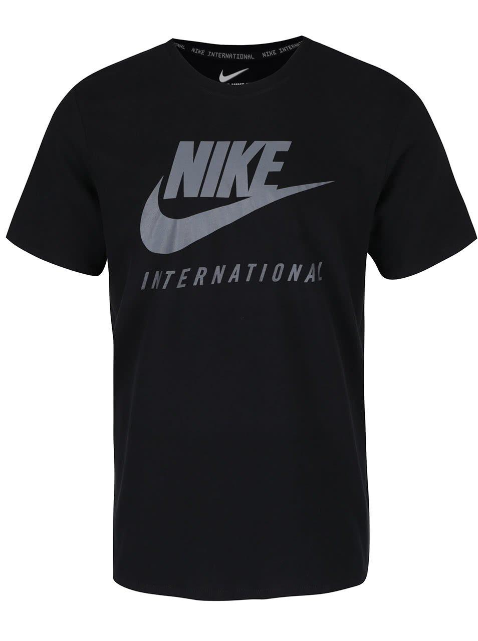 Černé pánské triko s nápisem Nike International