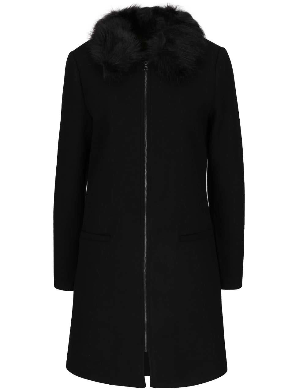 Černý vlněný kabát s umělým kožíškem Share Vero Moda