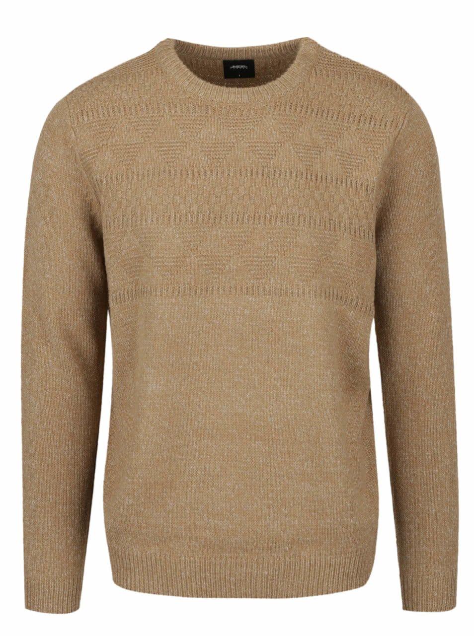 620e51c37a7 Černohnědý pánský kožený pásek s vyměnitelnými sponami Tommy Hilfiger (1  979 Kč). Světle hnědý žíhaný svetr Burton Menswear London