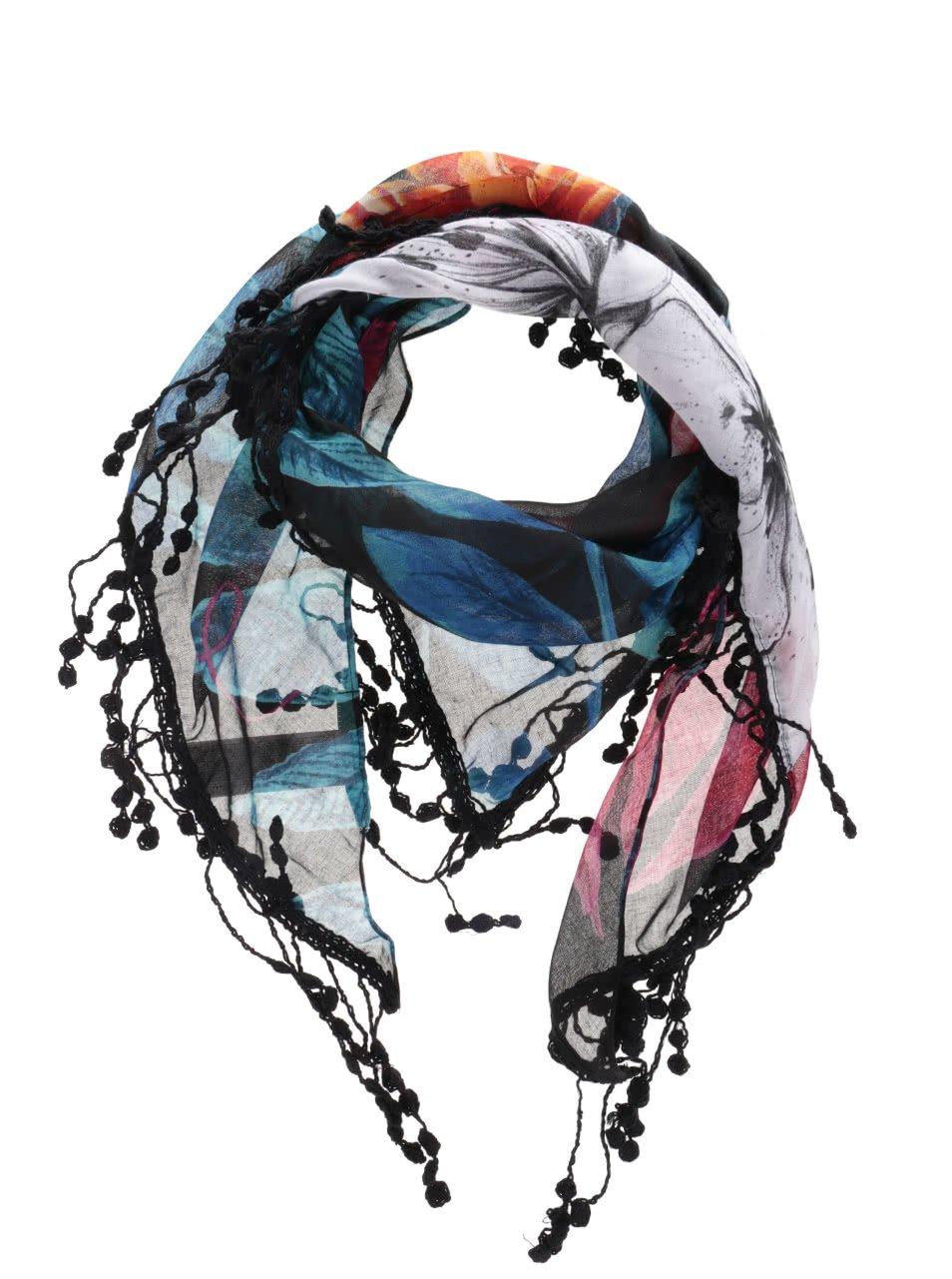 Černý šátek s třásněmi a barevným vzorem Desigual Triangl Spring
