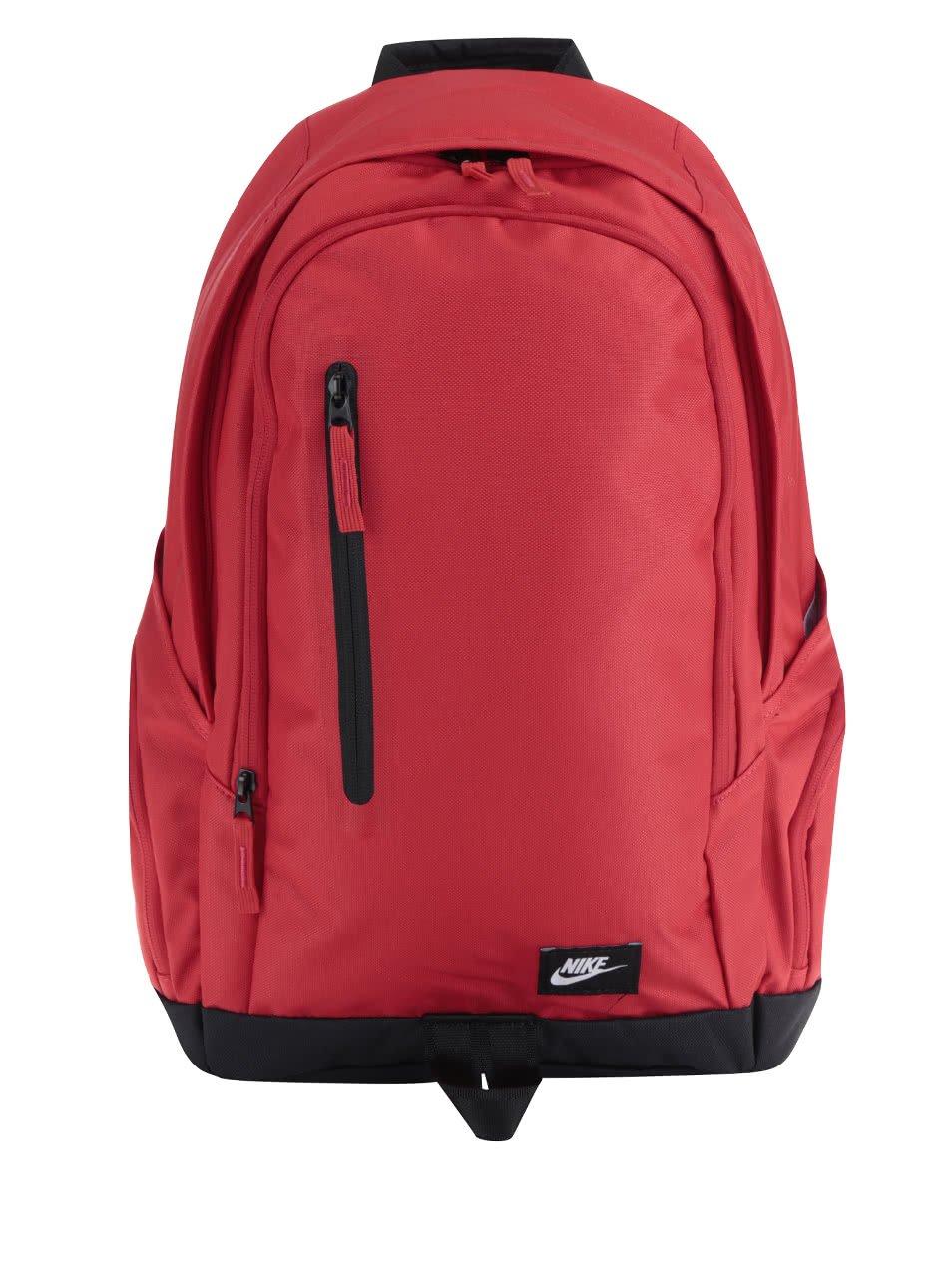 Červený unisex batoh Nike 26 l