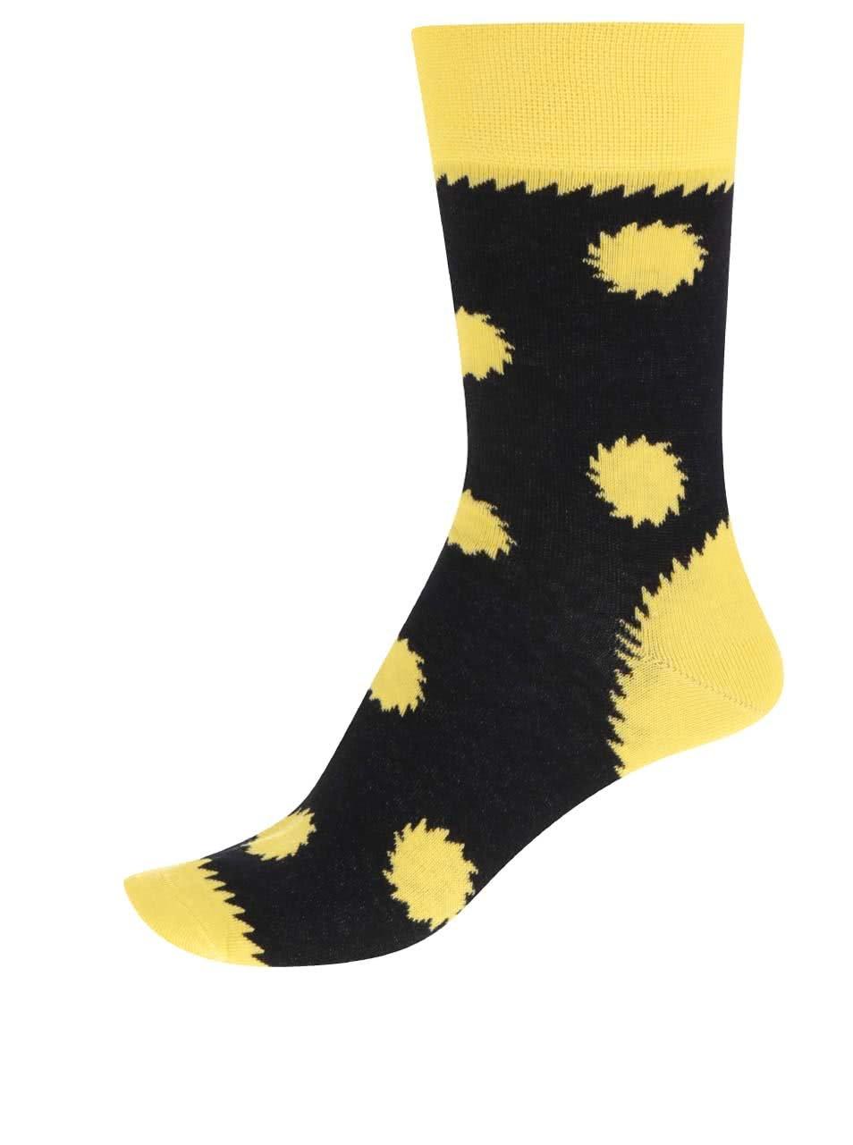 """""""Dobré"""" černé ponožky pro Jeden svět 2017"""